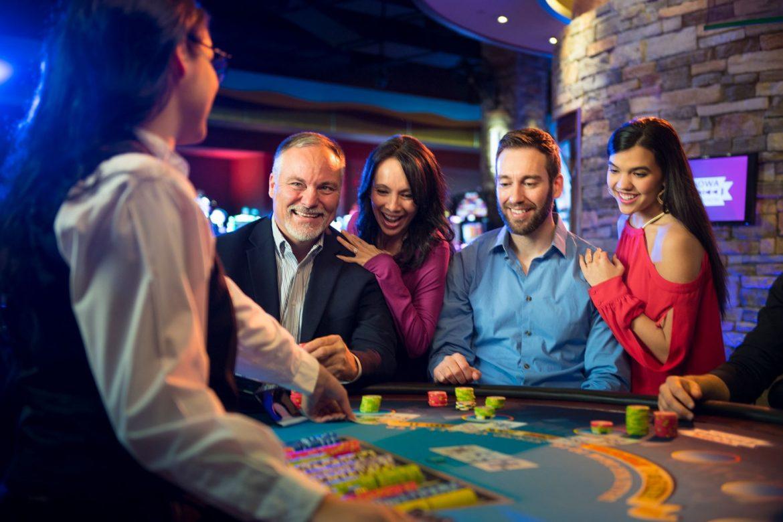 Ilmaista pelirahaa kasinoilla ja vedonlyönnissä – faktaa vai fiktiota?